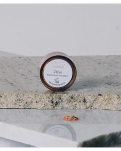 Perfection Dewy Mineral Foundation Olive